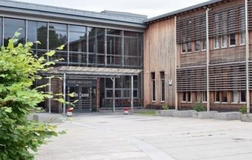 Ekstrajobbing i Akershus-skolene for 3,6 millioner kroner