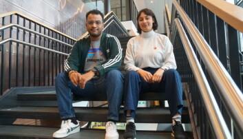 Omar Samy Gamal og Sarah Lilleberg Safavifard sitter nå i bystyret i Oslo for SV. De vil jobbe for at Oslo får et eget ombud for å systematisere arbeidet mot rasisme. Foto: Marianne Ruud