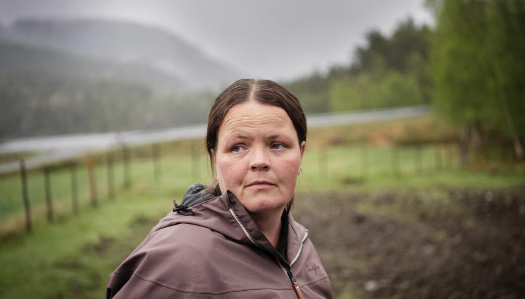 Heidi Hetland fikk posttraumatisk stresslidelse etter å ha vært gissel i Hjelmeland barnehage. – Det er fremdeles mye tabu rundt psykisk sykdom, og flere synes det er bra at jeg forteller om det, sier hun. Foto: Marie von Krogh