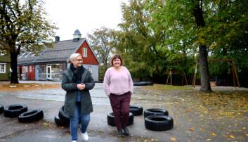 – Det er størst behov for flere på slutten av dagen, sier Merete Bru. Her med kollega Margaret Johansen. Foto: Kari Oliv Vedvik