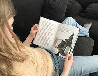 Når barn skal lære å lese, er papir bedre enn skjerm