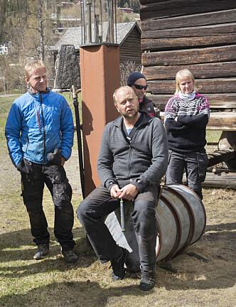 Fagskoleelevene er samlet til en undervisningshelg på Valdresmusea.