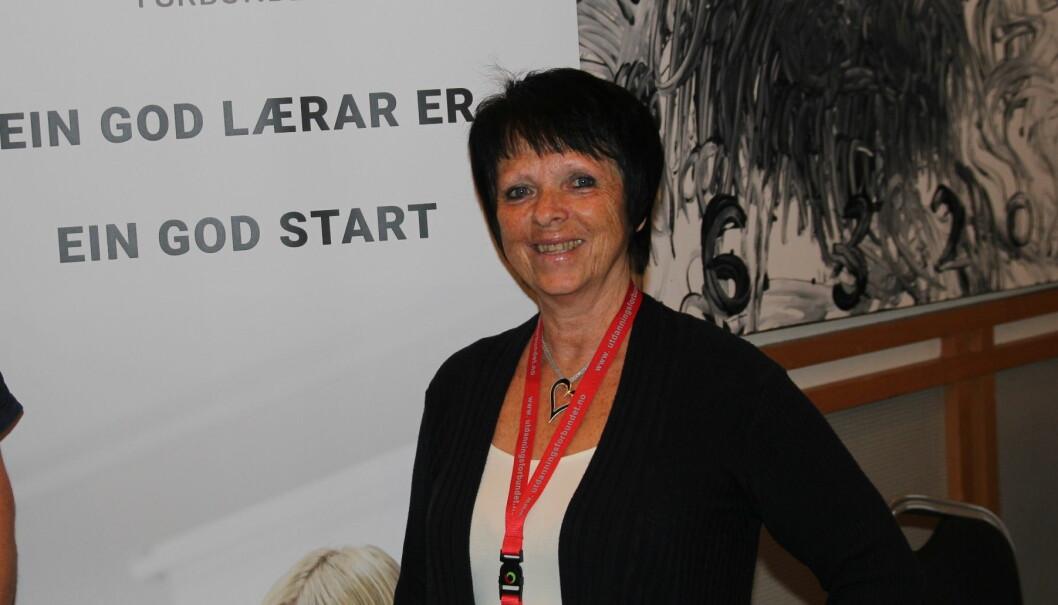 Gerd Botn Brattli, fylkeslagsleder i Utdanningsforbundet Møre og Romsdal er skeptisk til at næringslivet skal redde skoletilbud. Foto: Ståle Johnsen