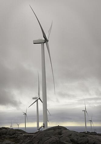Slike vindturbiner trenger vedlikehold.
