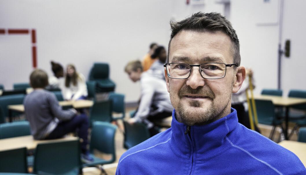 Kontaktlærer Kjetil Våg mener det meste av lekser er gammeldags.