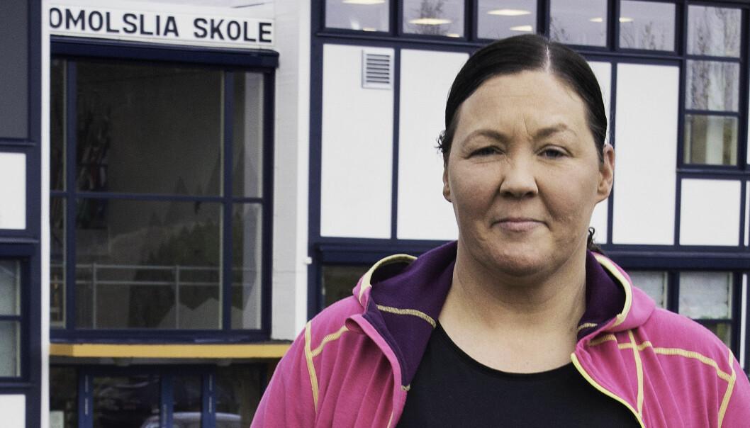 Ingrid Strømsvik er mor til to som har leksefri dette året. Hun er svært skeptisk og har innført lekser hjemme.