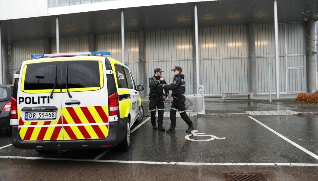 Politi måtte rykke ut til Bjørnholt skole i Oslo tidligere denne måneden etter at elever utførte skadeverk på skolen. Trenden de siste 10 årene er at det meldes inn færre skader.
