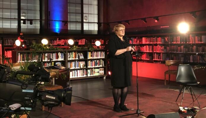 Kulturminister Trine Skei Grande mener Bokåret 2019 har vist at boka fortsatt er relevant for å skape leseglede hos barn.