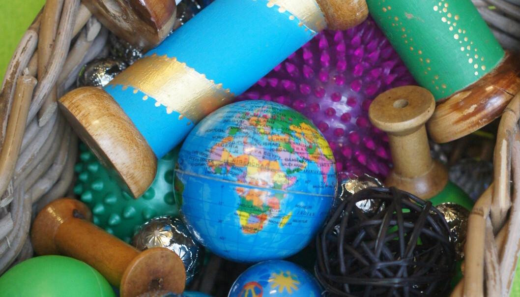 Ulike typer ringer, spoler og trådsneller er interessante som trillende objekter