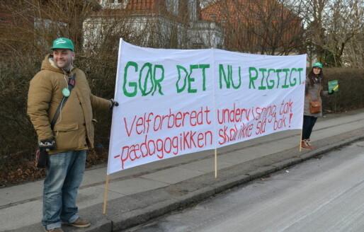Danskene diskuterer lærernes arbeidstid igjen