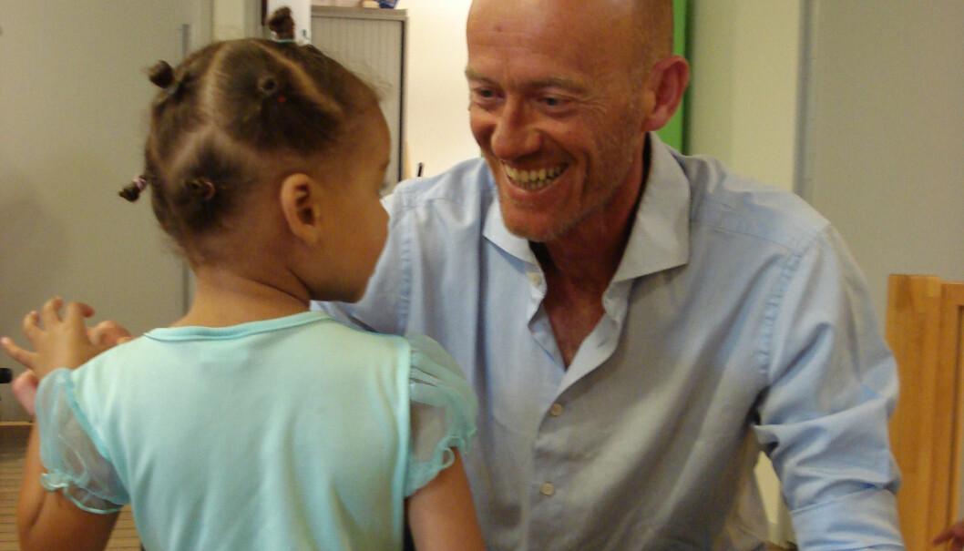 Geert van Thull er en av få mannlige pedagoger i nederlandske barnehager