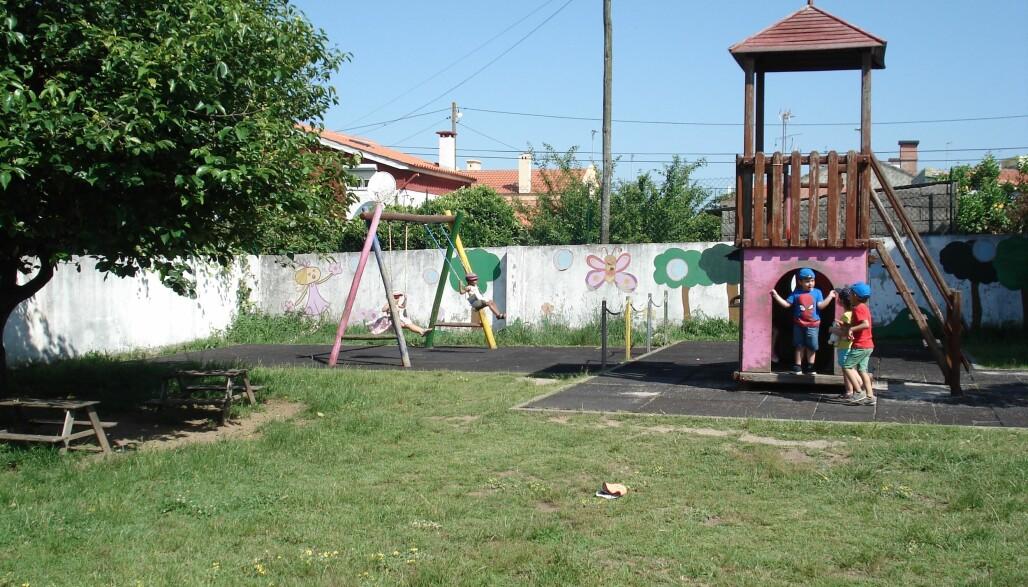 Det er vanlig med små barnehager i Portugal, som denne med 54 barn totalt.