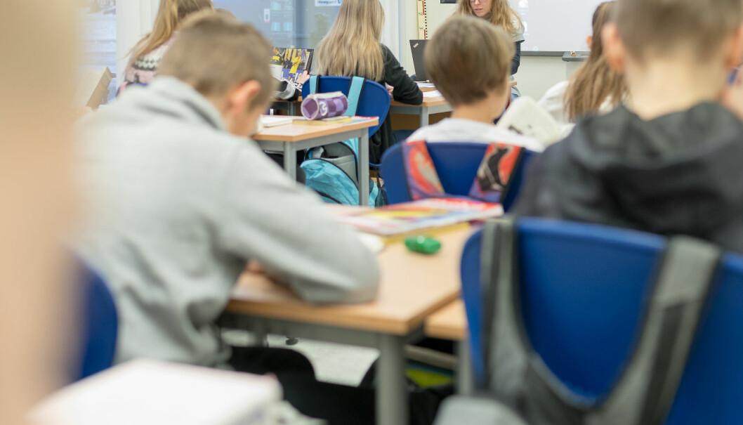 Elever scorer bedre på nasjonale prøver dersom de har foreldre med høy utdannelse