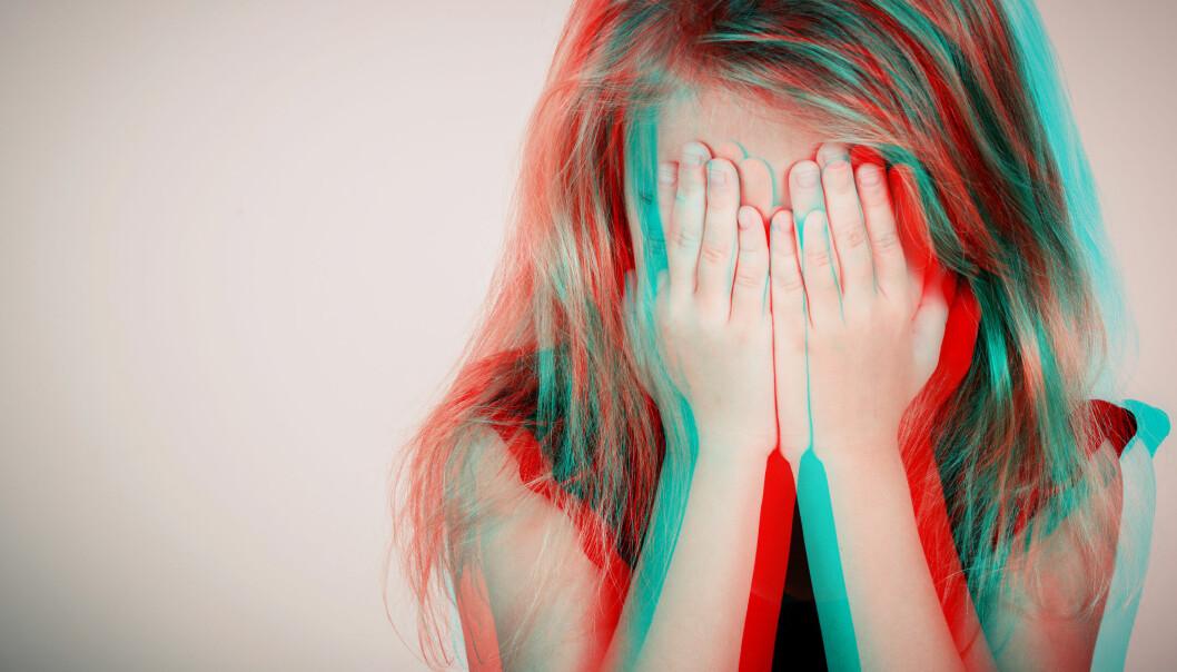 LAVERE TERSKEL: Barnehageansatte som får opplæring i å snakke med barn og vold og overgrep, snakker oftere med kollegaer om det de ser, skriver artikkelforfatterne.