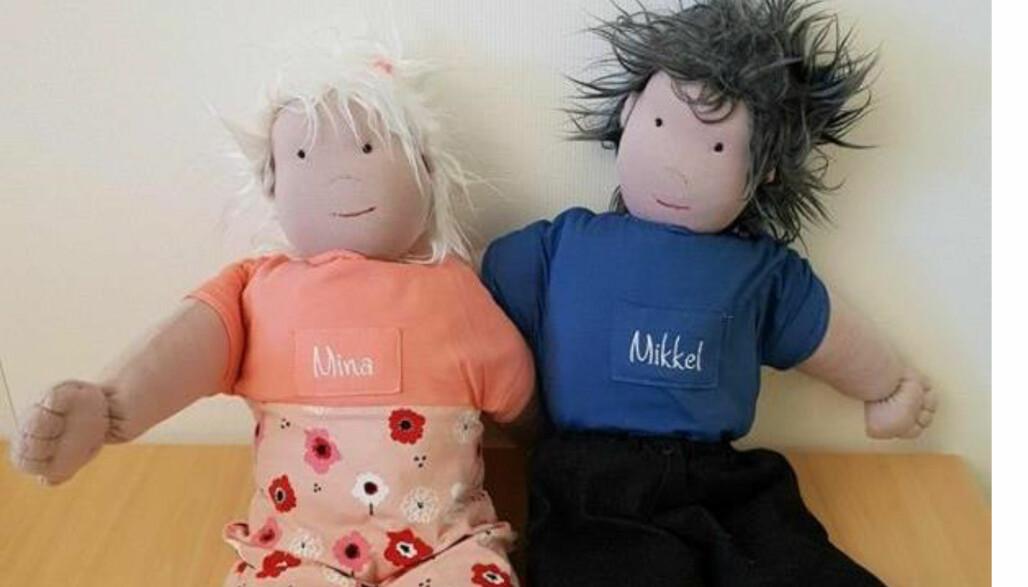 barVERKTØY: Barnehagene i Vennesla har fått laget verktøyet SI DET! med tøydukkene Mikkel og Mina som de har med i samtale med barn, for å forebygge og avdekke vold og seksuelle overgrep.