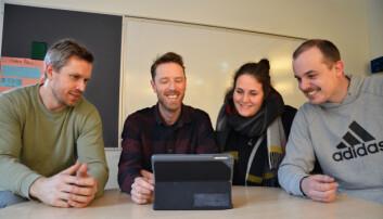 """Lærerne Edvard Meisfjord, Kristian Skjeggedal, Kristina Kroge og Anders Gusland Hansen er godt fornøyde med opplegget i """"Timen Livet""""."""
