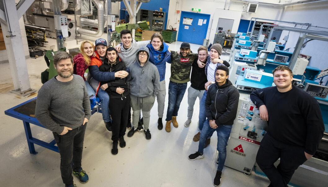 Asle Muren er Oslos eneste lærer i industriteknologi og råder over en engasjert gjeng elever som trives bedre på verkstedet enn i klasserommet.