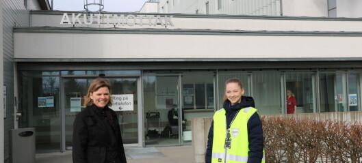 Barnehagelærer Cecilie er sikkerhetsvakt på sykehus under koronakrisen