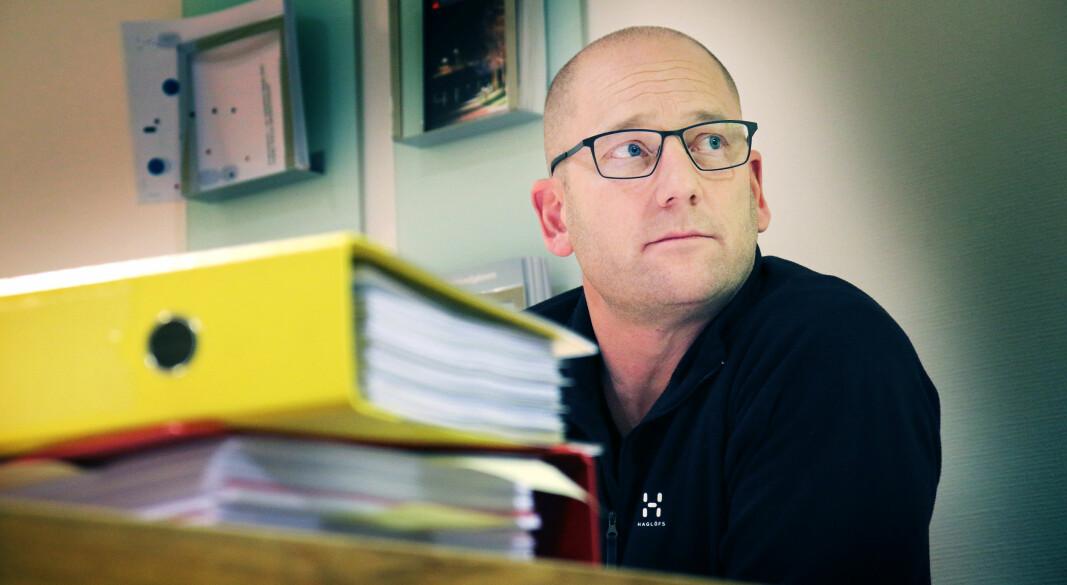 """Steffen Handal sier at det nå må gjøres mer for å forhindre overgrep i skole og barnehage. *** Local Caption *** """"Vi har en svært alvorlig svikt i rutinene når dette kan skje gang etter gang"""".  Lederen i Utdanningsforbundet, Steffen Handal, er sjokkert over at 74 ansatte i skole og barnehage er tiltalt eller dømt for seksuelle overgrep siden 2010."""