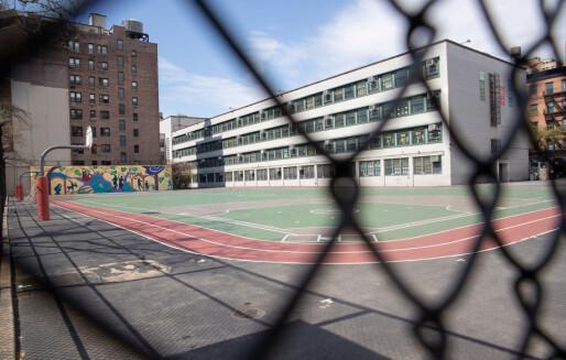 21 skolelærere i New York er døde av korona-viruset