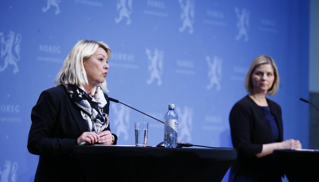 Justis- og beredskapsminister Monica Mland og kunnskaps- og integreringsminister Guri Melby. Foto: Terje Pedersen / NTB scanpix