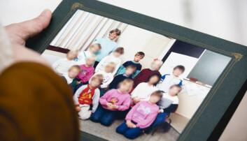Klassebildet fra 1988. Tore Petterson (i midten bak) var en trygg skolegutt som hadde May Irene Meland som lærer hele dette første skoleåret.