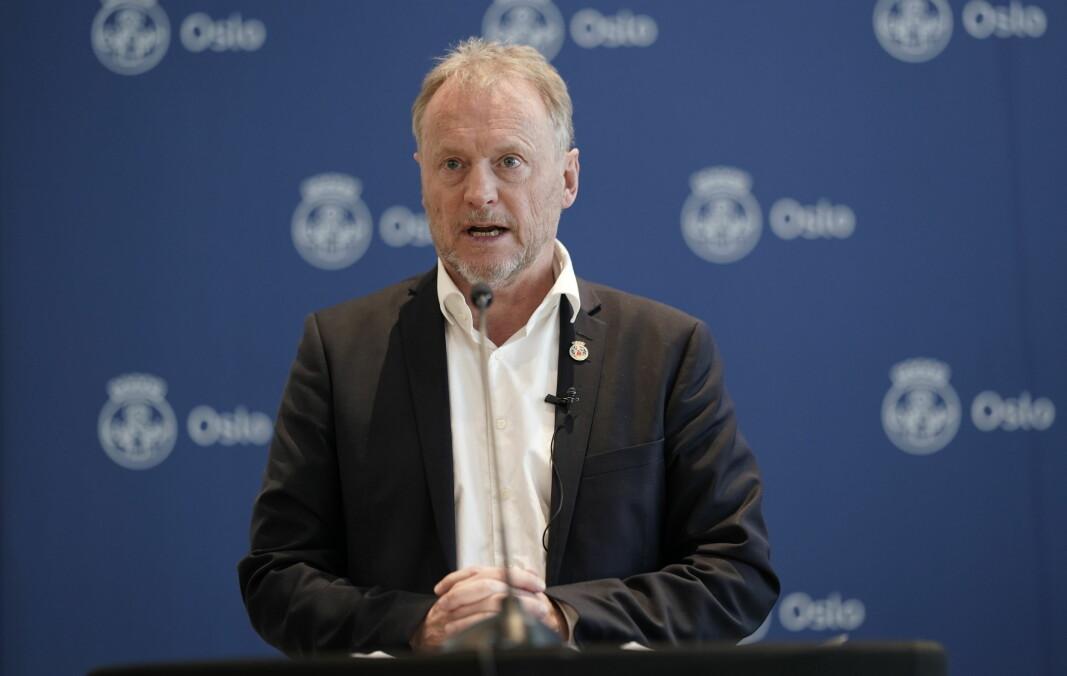 Byrdsleder Raymond Johansen (Ap) og finansbyrd Einar Wilhelmsen (MDG) presenterer revidert budsjett for Oslo kommune.