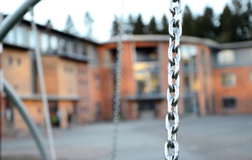 Ny rapport: Anbefaler full åpningstid i skoler og barnehager
