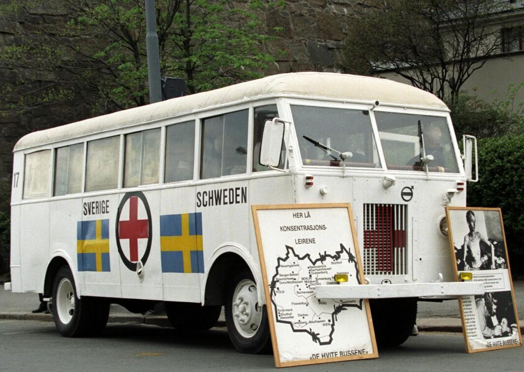 De hvite bussene kjørte til Tyskland for hente tusenvis av skandinaviske krigsfanger.