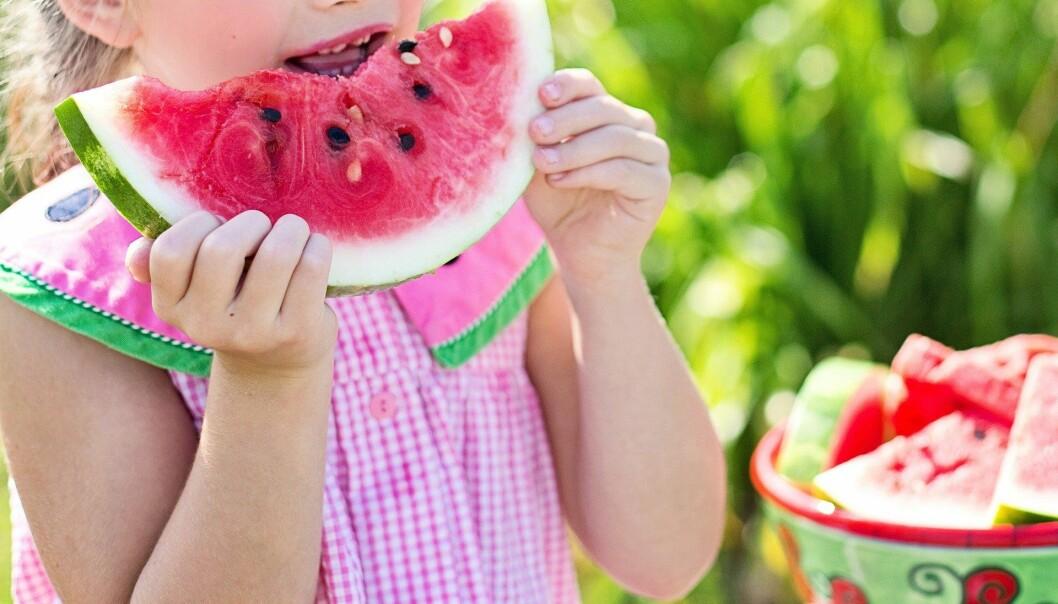 I dag kom FHI med konkrete råd til hvordan barnehager og skoler kan avvikle sommeravslutning.