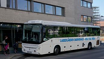 """Avdeling """"Full rulle"""" har egen buss."""