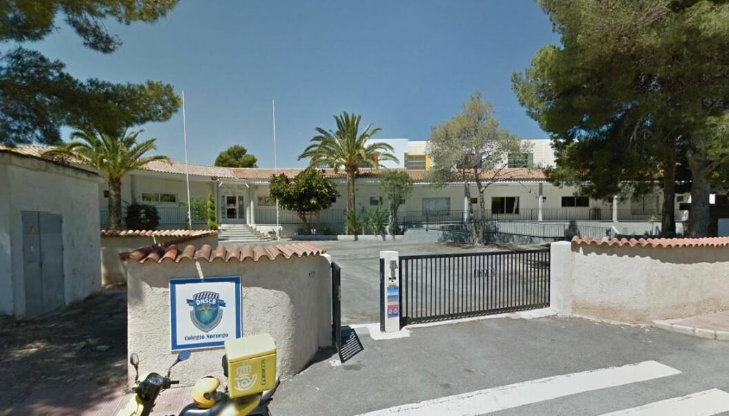 Det er fem lærere som har jobbet ved denne skolen, Den norske skole Costa Blanca (DnsCB) i Alfaz del Pi, som nå varsler søksmål.