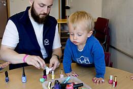 I den islandske barnehagen trener jentene på mot og selvtillit og guttene på omsorg og empati