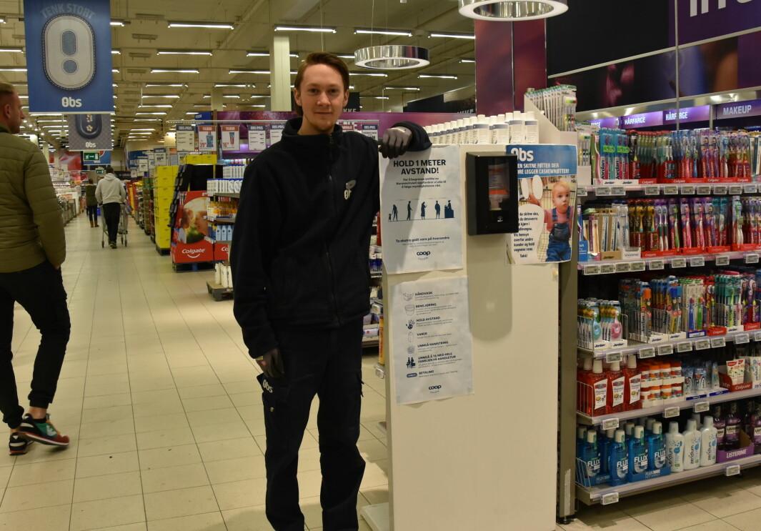 Remi Bergersen er andreårslærling i butikkfaget, og en av lærlingene som forteller sin korona-historie i Yrke 2.