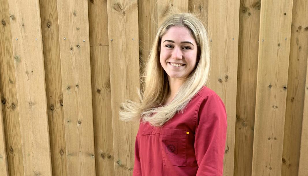 Emilie Bals er helsefaglærling på Lørenskog sykehjem, og vil bli sykepleier.