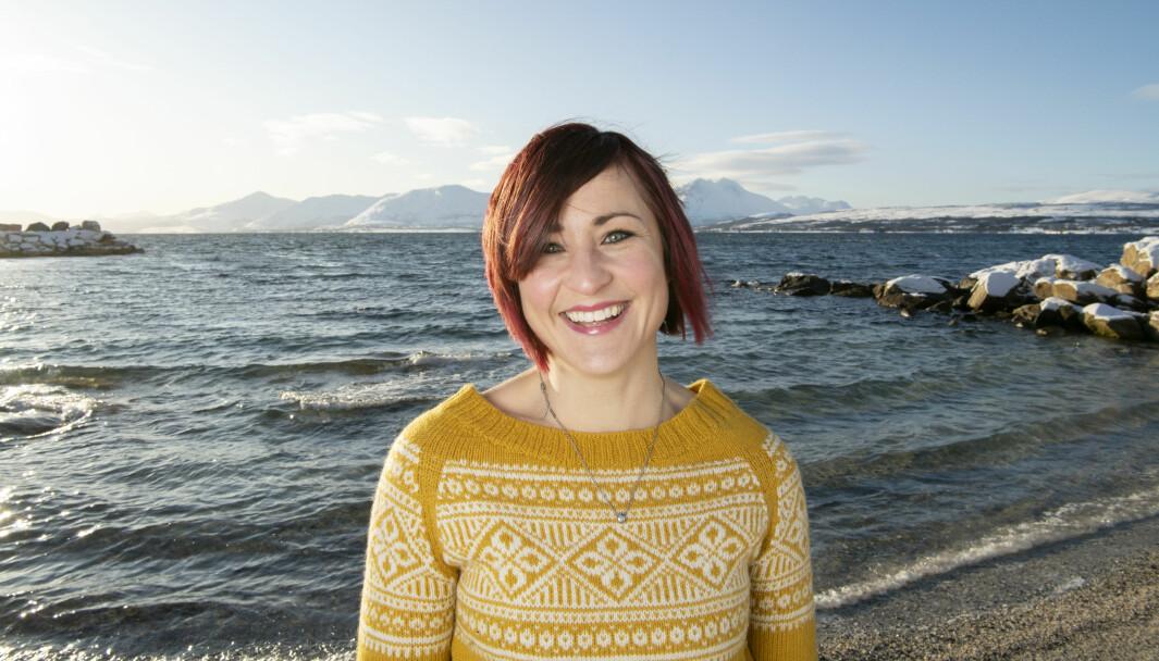 – Jeg er direkte, jeg går ikke rundt grøten, det orker jeg ikke, sier den nye lederen av Kontaktforum barnehage i Utdanningsforbundet. Hun er glad i å være  ute hjemme i Tromsø.