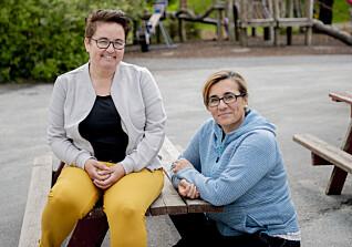 Assistent Krishma Saleh (t.h.) og styrer Anne Karin B. Nesse forteller at Førresfjorden barnehage har godt samarbeid med foreldrene og kommunen for å gi flyktningbarna en god start.