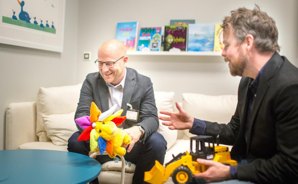 Utdanningsforbundets leder Steffen Handal (t.v) og Torbjørn Røe Isaksen i 2017. Først snakket de om barnehagelærernes rolle. Og så kanskje om noe annet? .
