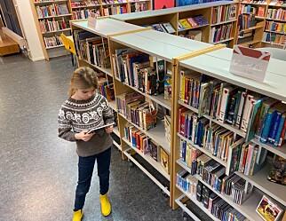 Kjempar for å behalde skolebiblioteket i lovverket