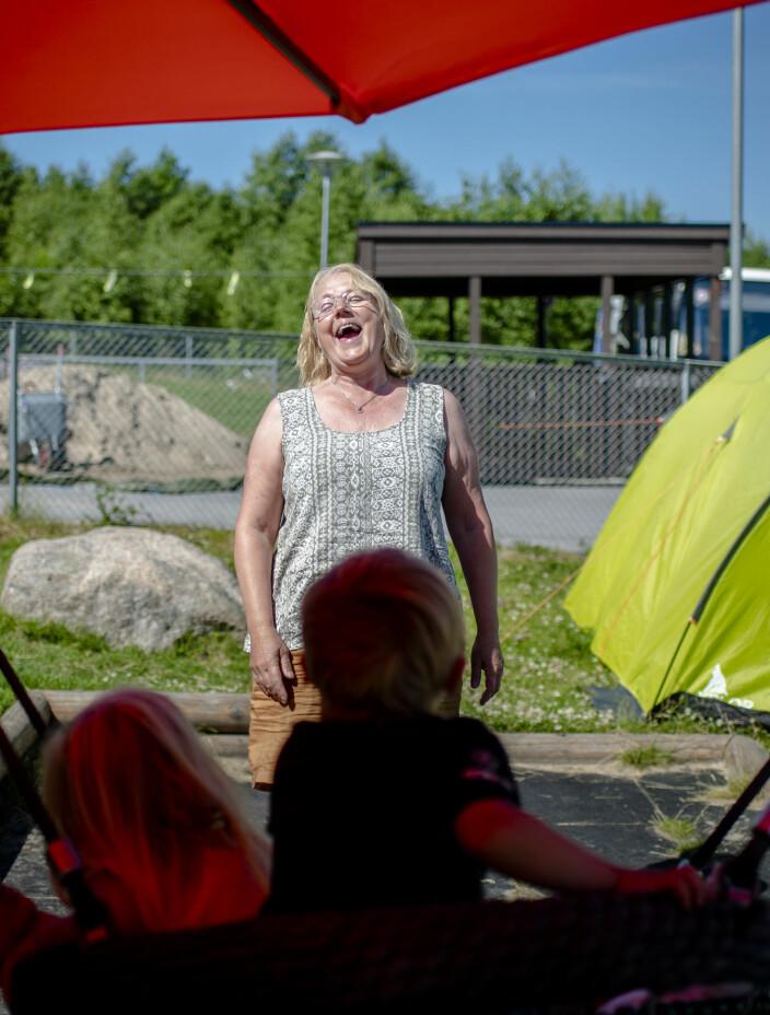 Spesialpedagog Kristina Ausen har fått mer og mer å gjøre ettersom et godt rykte har spredt seg om barnehagen der hun jobber. – Jeg skulle ønske jeg hadde rollerblades, sier Ausen og ler.