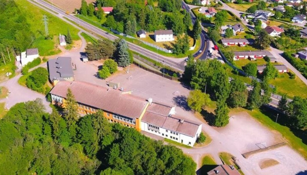 Ridabu skole i Hamar er stengt på grunn av koronasmitte.