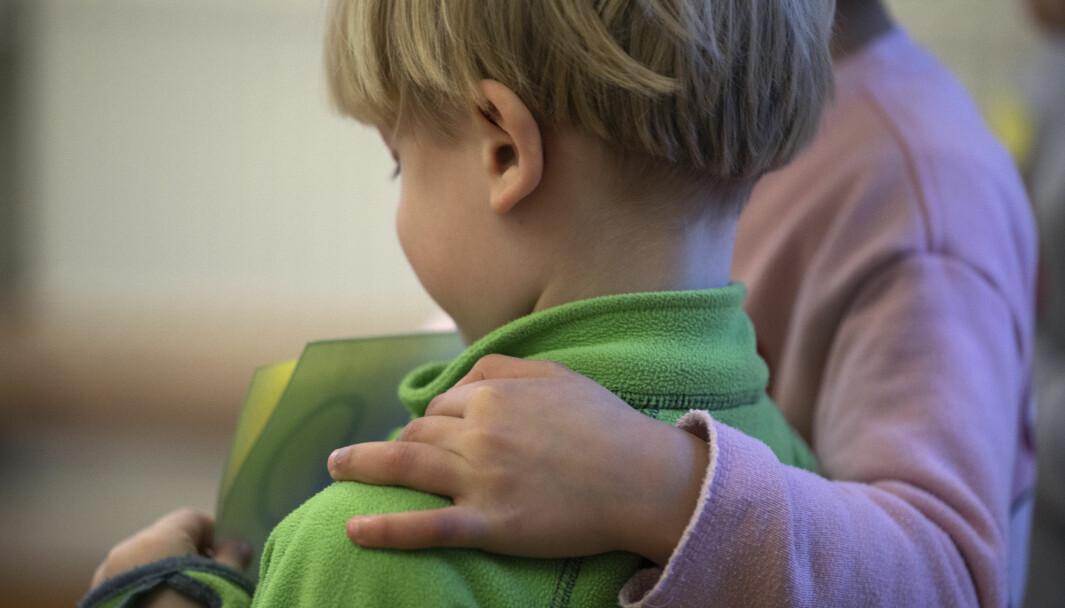 – Barna kjærlighet og nærhet, slik at de føler seg sterke, elsket og selvstendige, skriver Knut Løken.