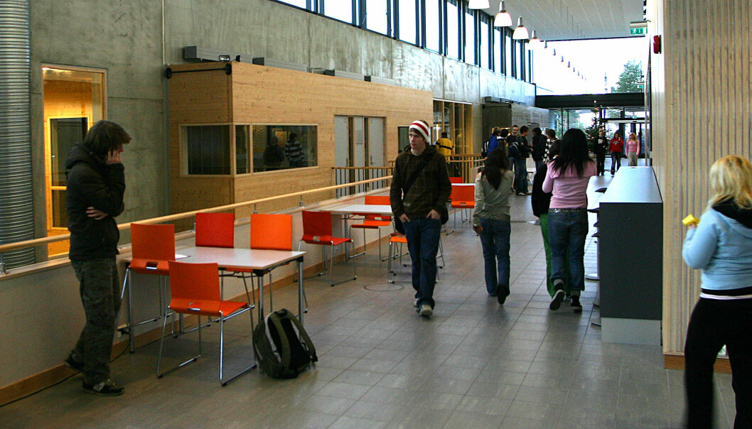 Aldri før har så mange fullført videregående skole. Her fra Borgund videregående skole i Ålesund.