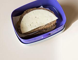 Elever vil ha brødskiver framfor et varmt skolemåltid