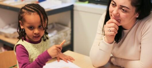 – Kan du gi meg hudfargen? spør barnet når det tegner. Hva du velger å svare eller gjøre kan ha stor betydning