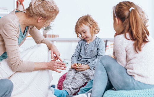 – Koronatiden har ført til at vi ser de stille barna lettere enn før og de urolige barna finner lettere roen