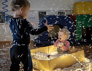 Om de minste barna fikk bestemme, ville de velge tradisjonelle formingsaktiviteter som potettrykk, påskekyllinger og julenisser? Neppe.