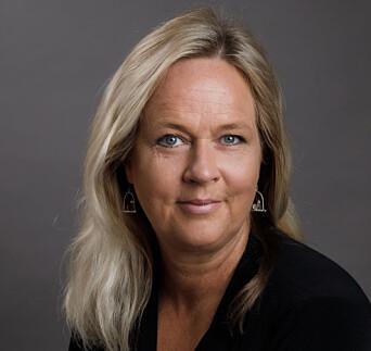 Lærer Pia Skjelstad elsker å skrive, det har det nå blitt bok av.
