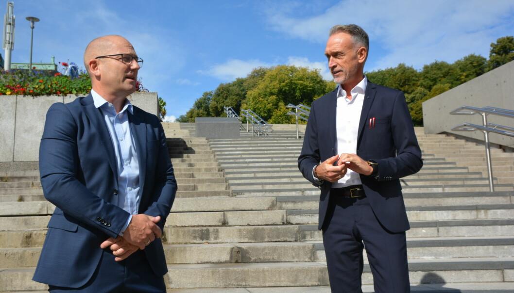 Steffen Handal, leder i Utdanningsforbundet, og Tor Arne Gangsø, forhandlingsleder KS, ved oppstart av hovedtariffoppgjret i KS-området 2020.