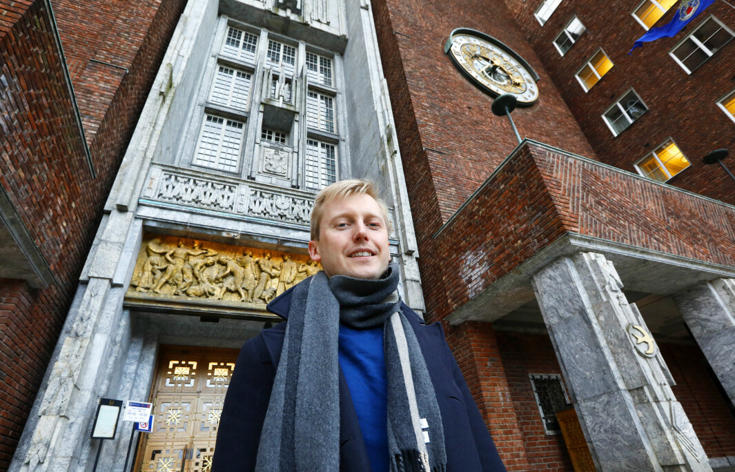 Høyre og Øystein Sundelin krever sammen med KrF at byrådsleder Raymons Johansen svarer for lønnsveksten i Utdanningsetaten i Oslo kommune.